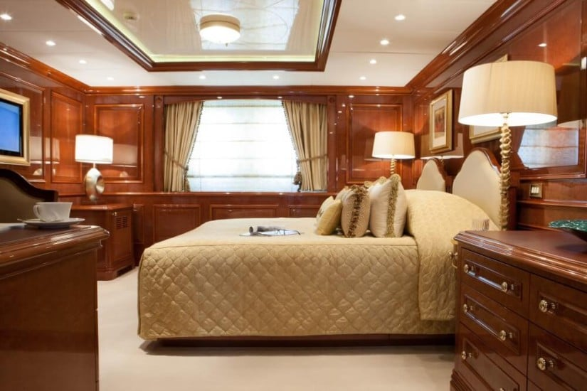 Cabin, St. David Superyacht by Benetti