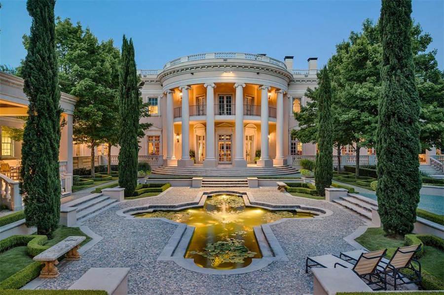 Dallas While House for Sale, Garden