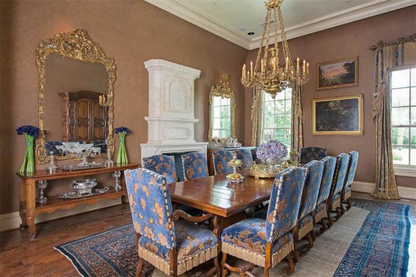 Dining Room, Dallas While House for Sale