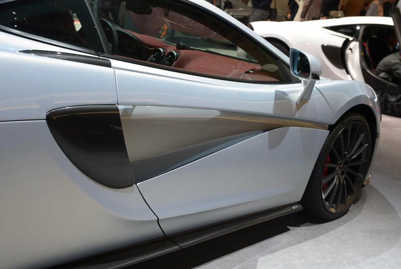 Door, 2017 McLaren 570GT
