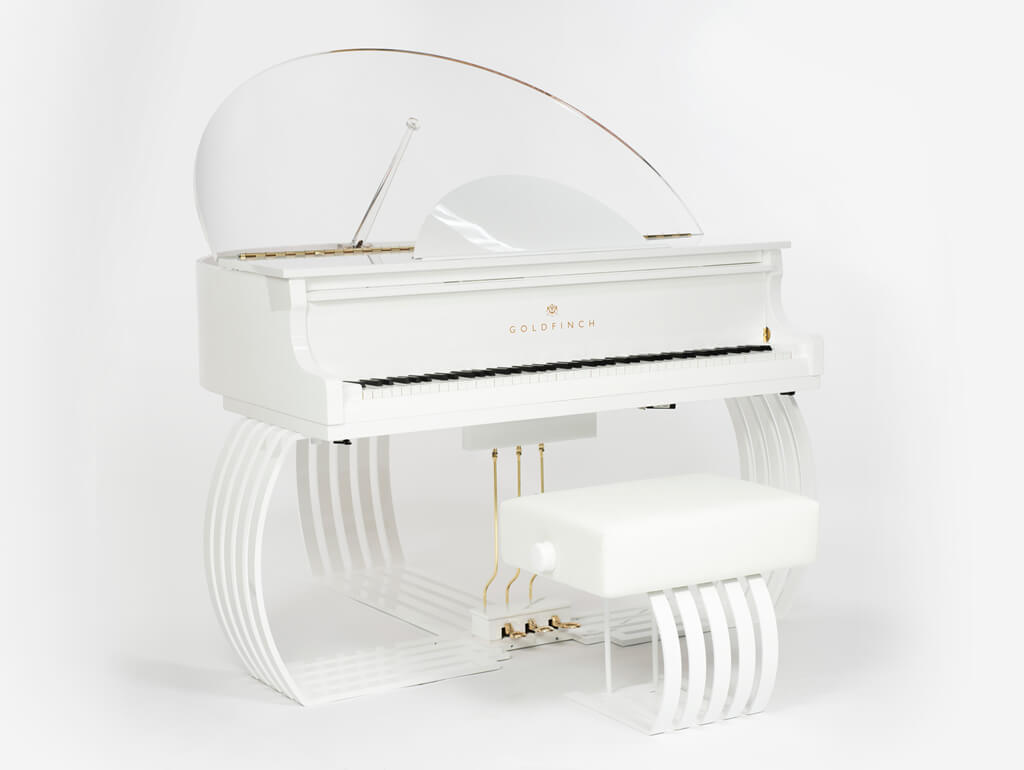 Goldfinch Sygnet, World's Smallest Grand Piano