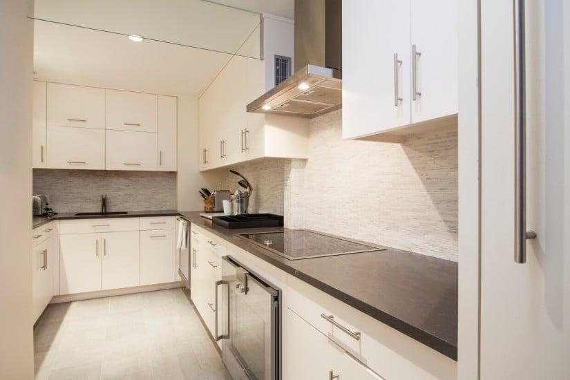 Kitchen, Luxury New York Apartment