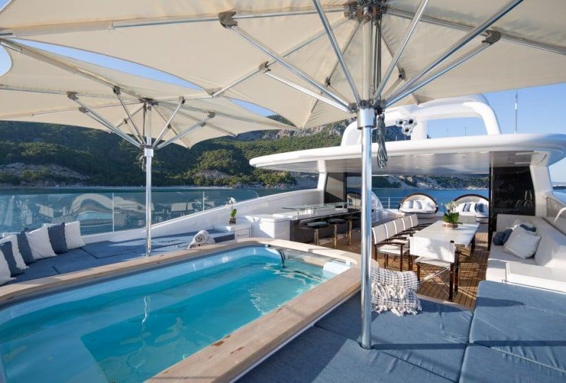 Ruya Luxury yacht by Alia Yachts, Jacuzzi