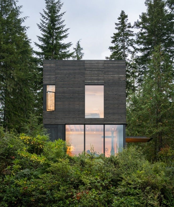 'The Little House' in Washington state 8