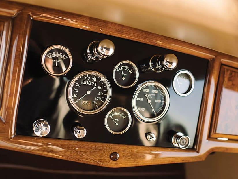 1931 Stutz DV-32 Convertible Victoria by Rollston, Speedometer