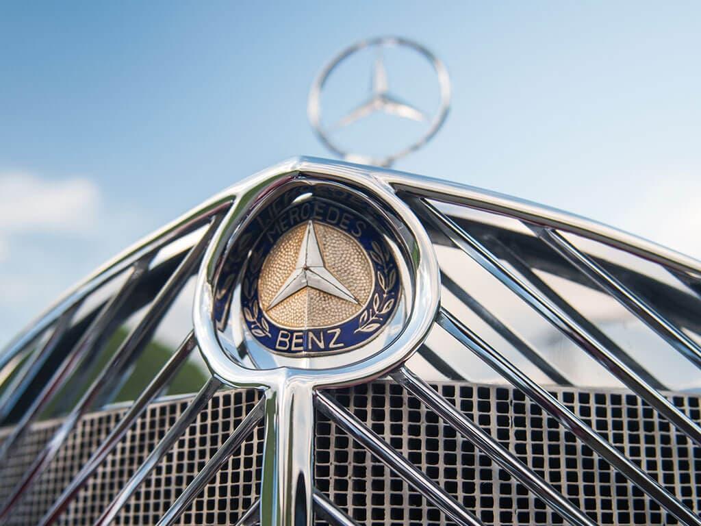 1939 Mercedes-Benz 540 K Spezial Cabriolet A, Logo
