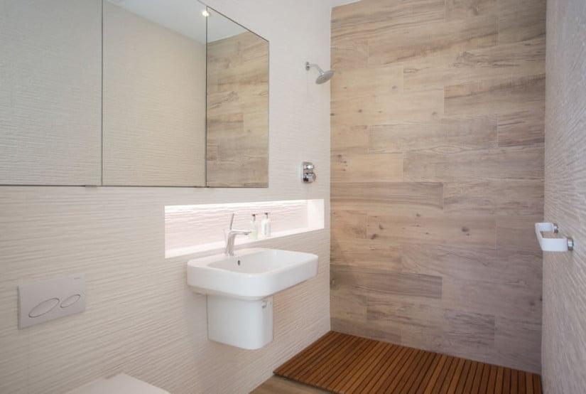 Bathroom, Camden House