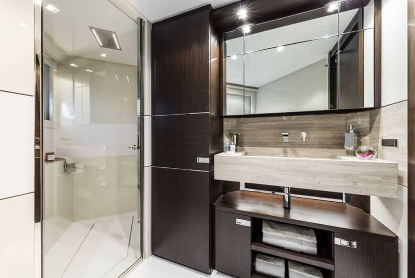 Bathroom, Ferretti Custom Line 108 VARDAR