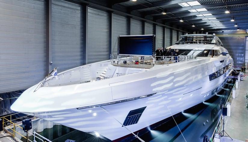Henseen Yachts, Galactica Super Nova