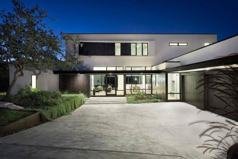 Lakeway Residence by Clark Richardson Architects