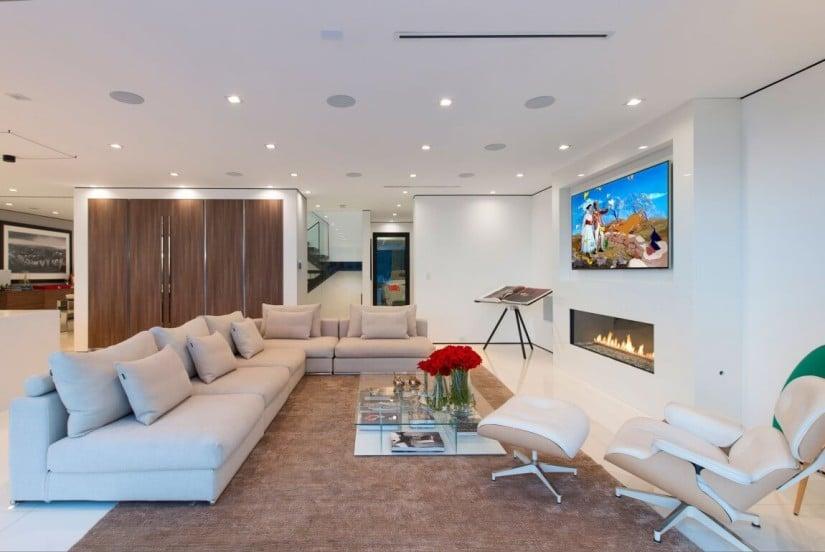 Luxury Home in Los Angeles, Living Room