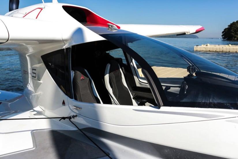 Personal Convertible Seaplane ICON A5
