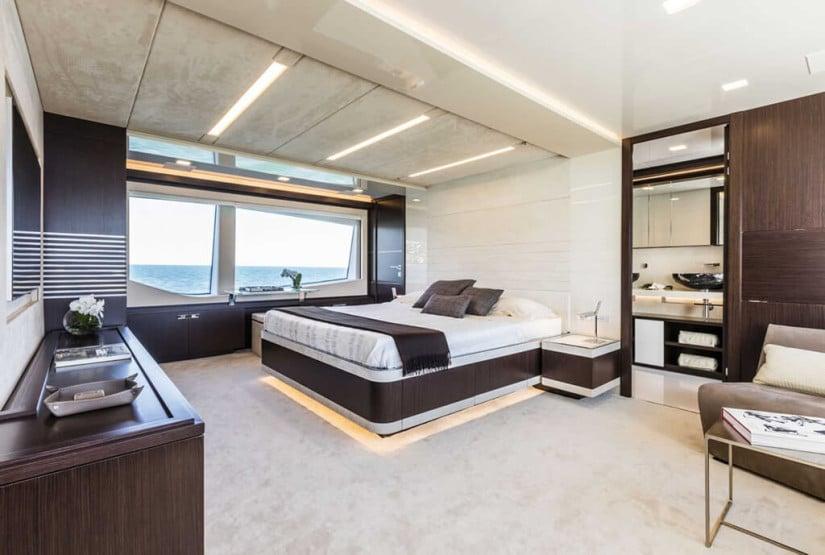 Suite, Custom Line 108 Luxury Yacht