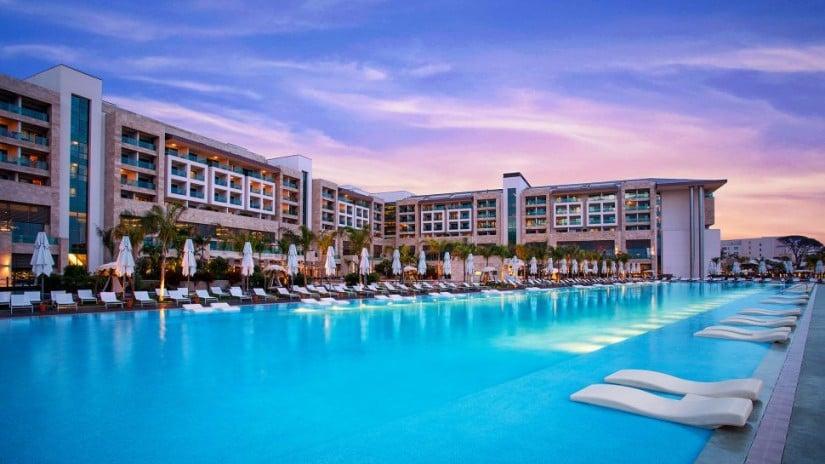 Swimming Pool, Regnum Carya Golf and Spa Resort