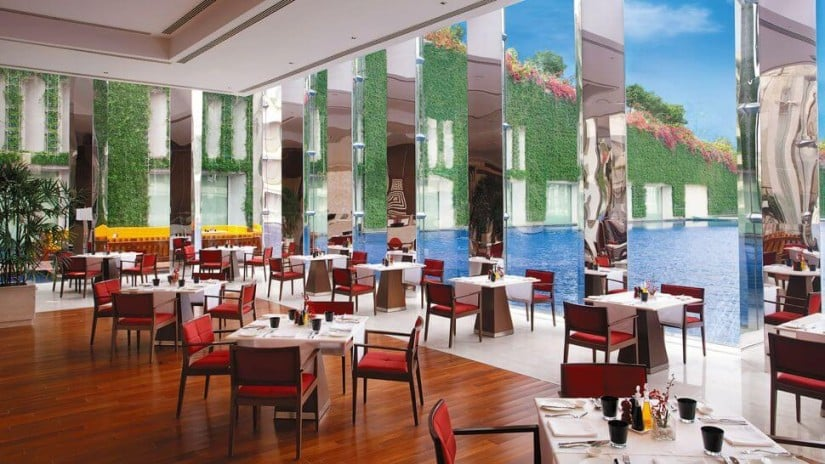 The Oberoi Luxury Hotel, Gurgaon, Restaurant