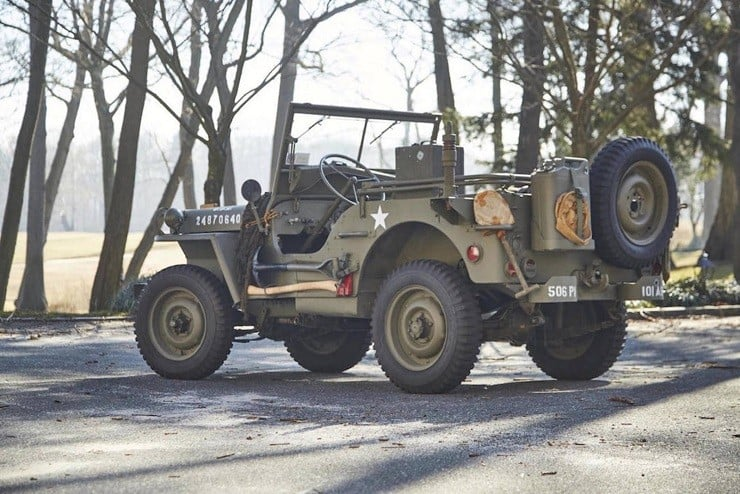 1943 Willys Jeep 11