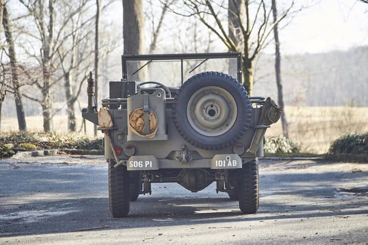 1943 Willys Jeep 12
