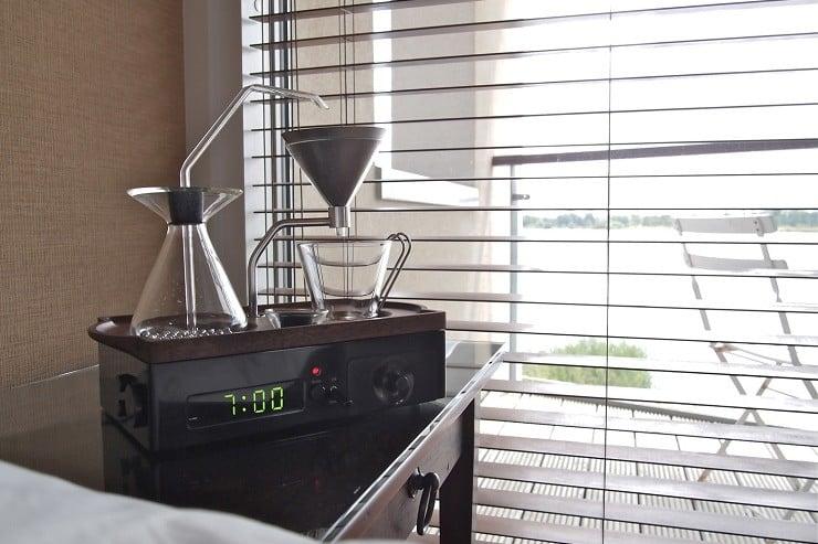 Barisieur Coffee Maker/Alarm Clock 2