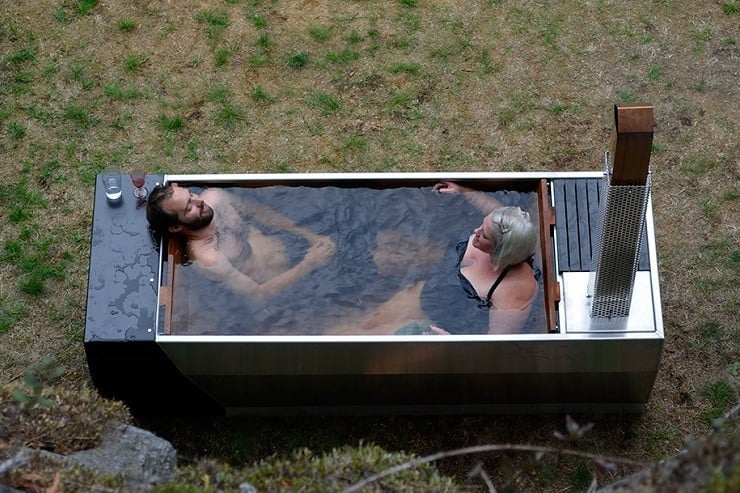 Soak Outdoor Wood-Fired Hot Tub 4