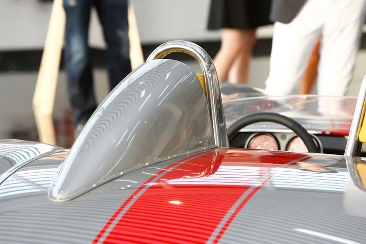 Jannarelly Design-1 Retro Roadster 2