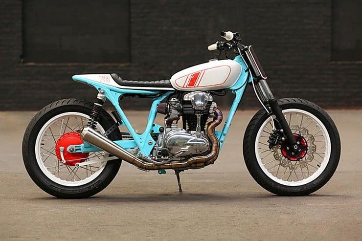 Kawasaki W650 by Hombrese Bikes 1