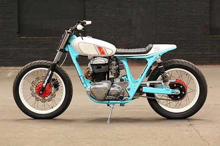 Kawasaki W650 by Hombrese Bikes 2