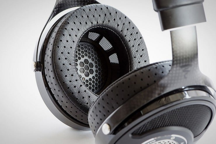 Utopia Headphones 5