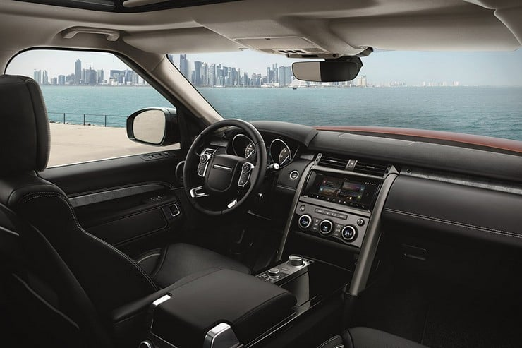 2017-land-rover-discovery-3