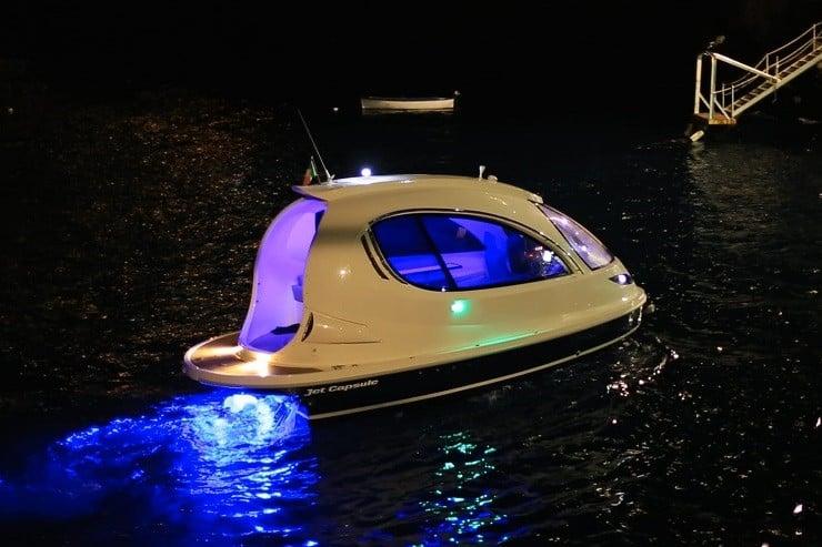jet-capsule-mini-yacht-15