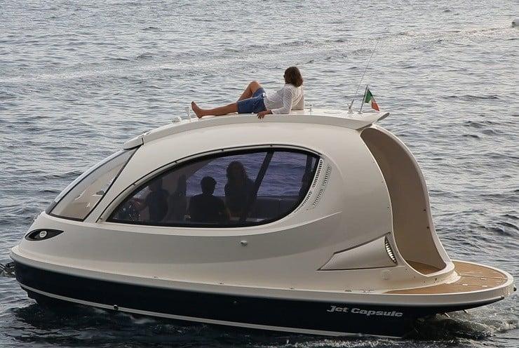 jet-capsule-mini-yacht-16