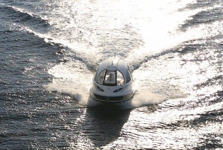 jet-capsule-mini-yacht-18