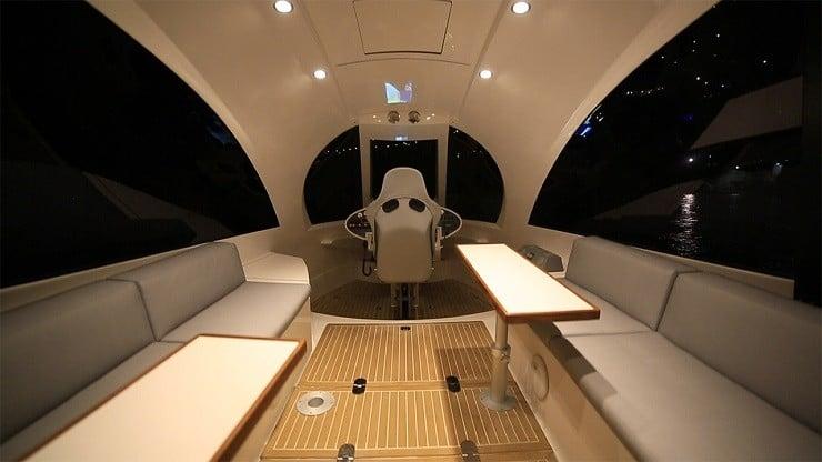 jet-capsule-mini-yacht-23