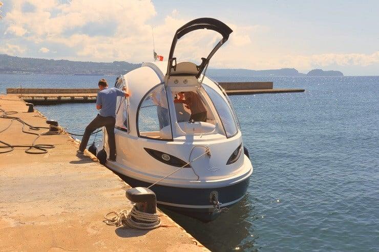 jet-capsule-mini-yacht-9