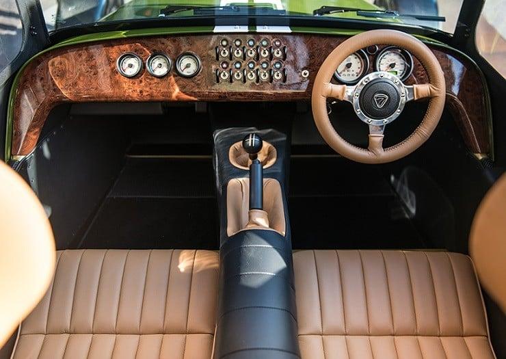 caterham-x-harrods-special-edition-car-6