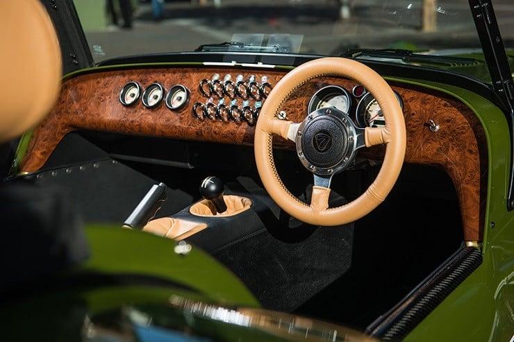 caterham-x-harrods-special-edition-car-7