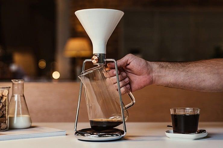 gina-coffee-brewer-11