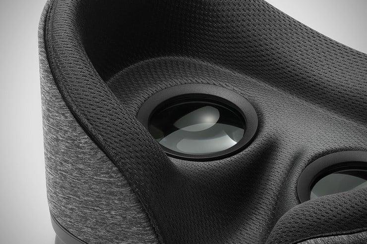 google-daydream-vr-headset-3