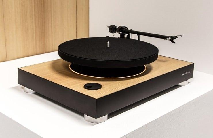 mag-lev-audio-levitating-turntable-5