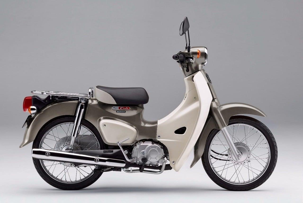 New Honda Motorcycles 2018 >> 2018 Honda Super Cub | Men's Gear