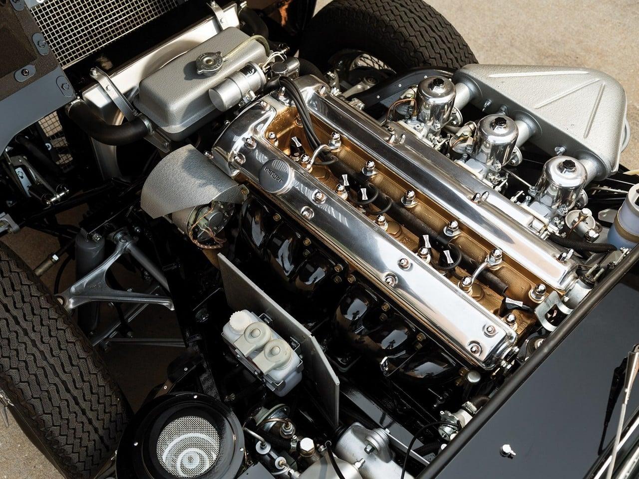Jaguar E Type Roadster on 1958 Corvette Engine Block Numbers