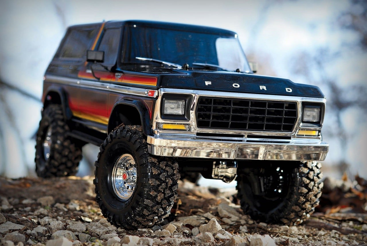 real looking rc trucks with Traxxas 1979 Ford Bronco Rc Truck on Vaterra 1972 Chevy C10 Pickup Truck in addition Fast Furious 6 Racing To 275 5 Million Global Box Office While Activision Game Crashes additionally Jeep Jk8 3061 further Charlotte Mckinney Sexy Modella Seno Abbondante 1127596 as well Need for speed rivals bugatti cop car Wallpapers.