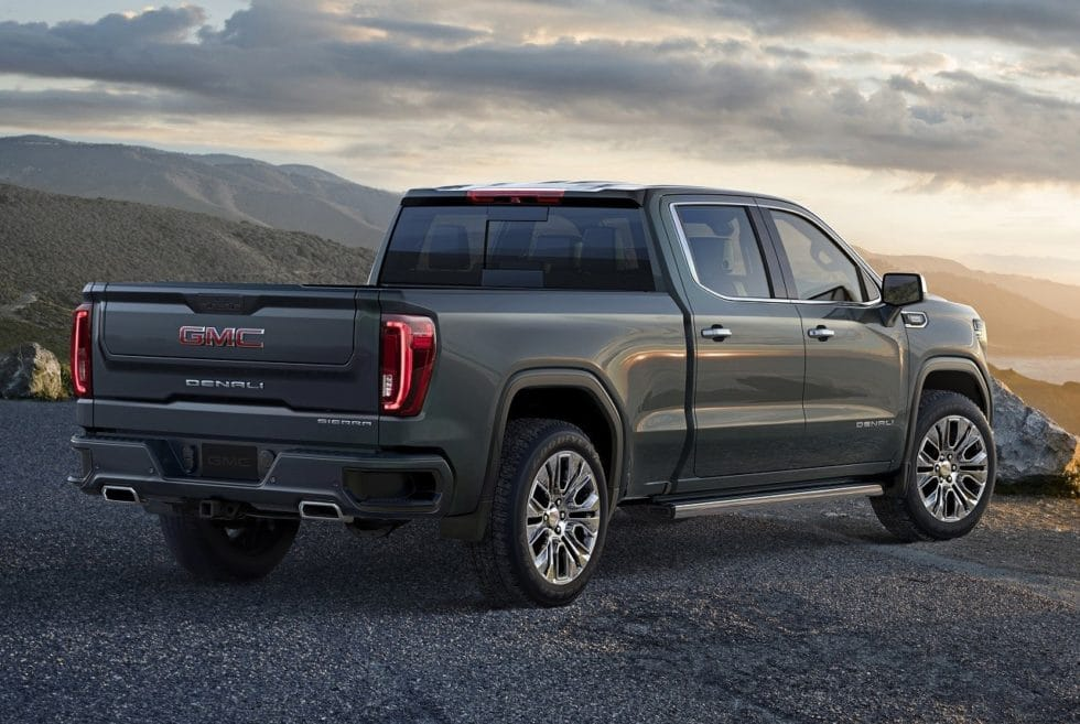 2019 GMC Sierra Denali | Men's Gear