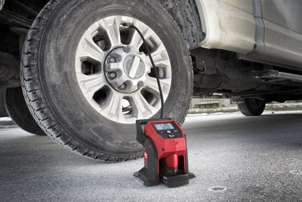Milwaukee M12 Cordless Tire Inflator