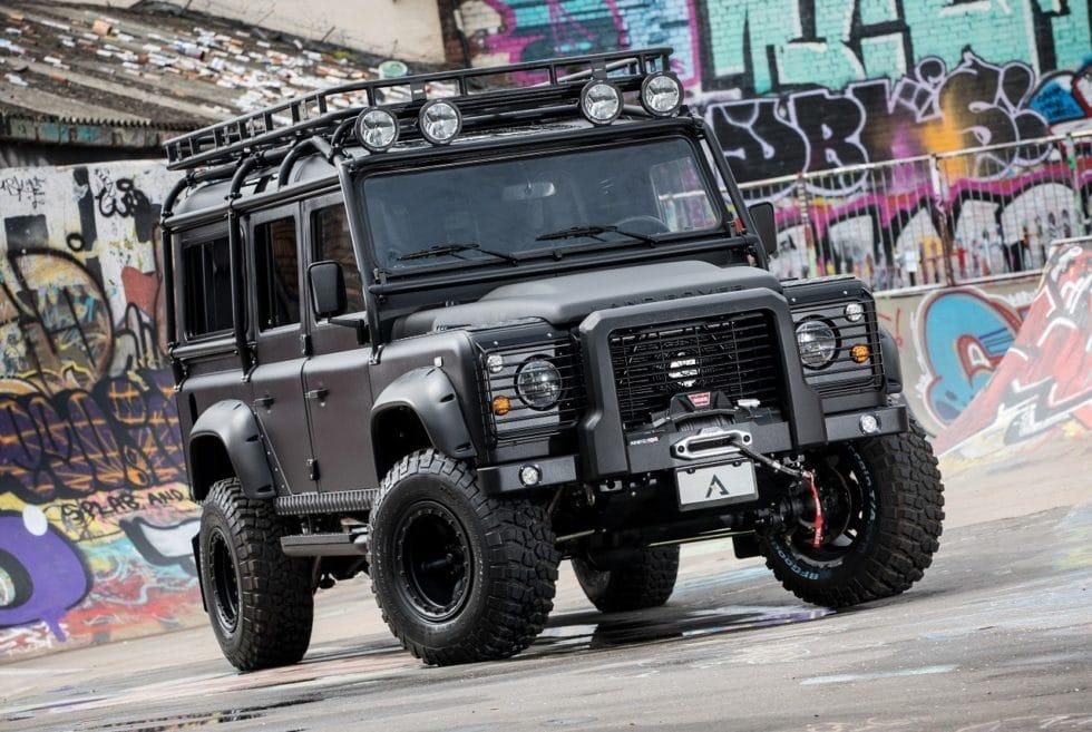 Arkonik 'BLACK HAWK' Land Rover Defender