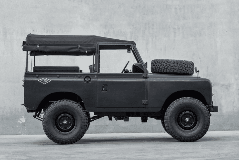 Blacked-Out 1979 Land Rover Series 3 Defender
