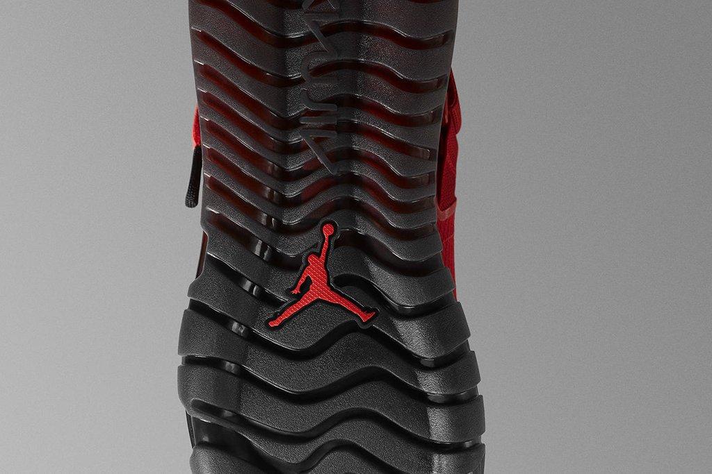 uk availability b5091 3971d Photos courtesy of Nike