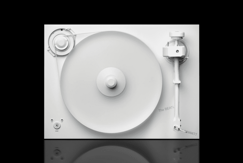 Pro-Ject Turntable The Beatles White Album Edition