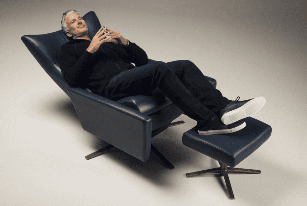 Ultimate Versatility With The American Leather Comfort Air Chair