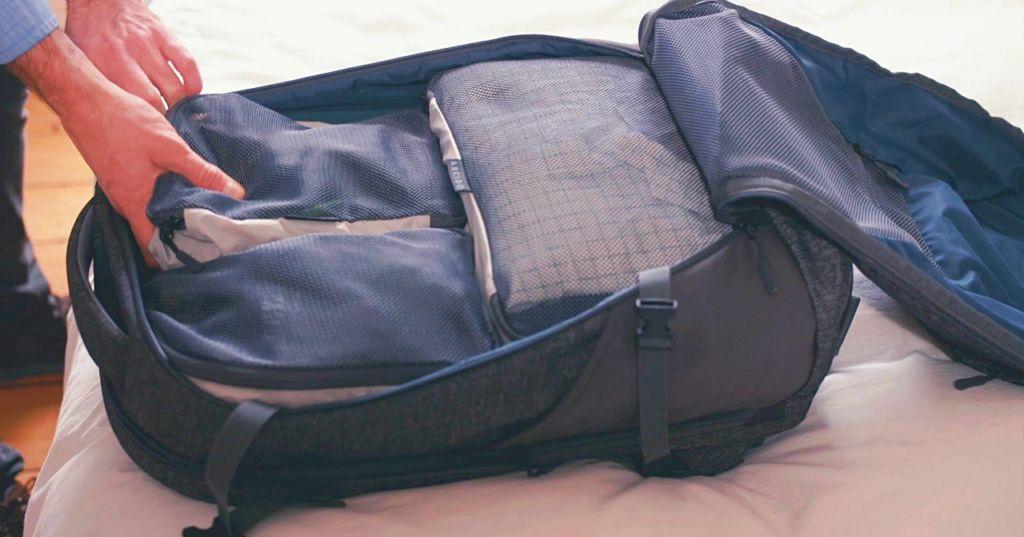 Arcido Akra backpack inside