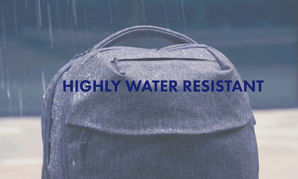 Arcido Akra backpack water resistance